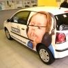 Autó, személygépkocsi dekorációja öntapadós fóliával